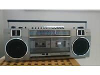Vintage/retro Sanyo radio cassette player