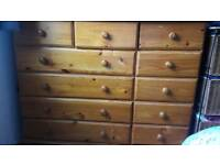12 draw pine chest of draes