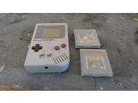 Original Gameboy with 2 games
