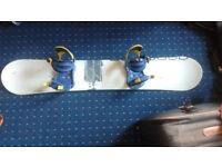 Generics True 160cm Snowboard with Drake Bindings