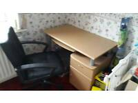 Computer desk and chair can deliver locally in hartlepool for full asking price