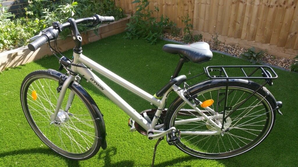 B'TWIN HOPRIDER 100 URBAN HYBRID BIKE - low frame | in Bexley, London |  Gumtree