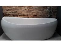 Beautiful unused freestanding bath