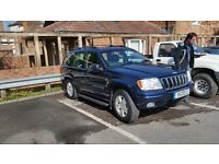 Jeep Grand Cherekee petrol and lpg cheap tax and fuel (2002)
