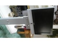 17inch flat screen tv inc dvd player and stand with remote