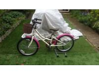 Dawes Li'l Duchess Girls 2015 20 Inch Bike excellent condition and fully working