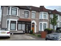 Stylish Two Double Bedroom Period Flat Minutes to Ilford Station and The Exchange Shopping Centre