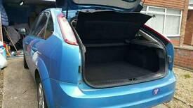 Ford Focus blue facelift