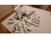 Nintendo Wii with 2 controllers, Wii Sports and Mario Kart Wii