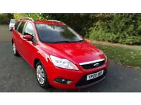 FOCUS 1.6 TDCI ECONETIC ESTATE 09 REG IN RED WITH GREY TRIM, SERVICE HISTORY AND MOT NOV 2018