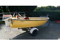 Selling my dad's boat approx 11ftx5ft