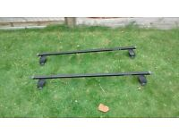 Mont Blanc Halfords Ford C-Max Roof Bars- all fittings included.