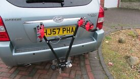Towball mounted bike rack