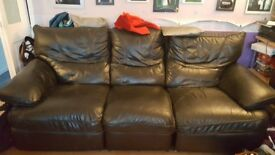 Leather recliner sofas