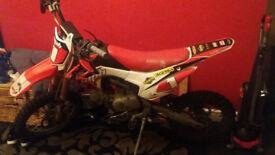 WPB 2016 140cc Stomp Pitbike