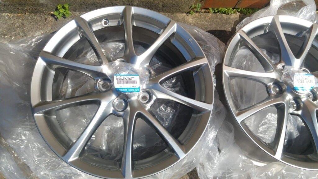 Genuine Mazda MX-5 2008-2015 17 inch Alloy Wheel Design 132-9965-67-7070