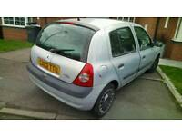 QUICK SALE BARGAIN CHEAP CAR CLIO 5DOORS LONG MOT TAXED AND INSURED