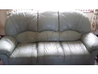 3,2,1 leather sofa (reclining chair) in excellent condition. No delivery.