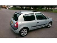 Renault clio 1.2, 12 Months MOT not vauxhall corsa, ford fiesta, fiat punto, vw golf,