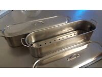 2 x large stainless steel fish kettles