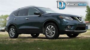 2014 Nissan Rogue SL, AWD, LEATHER, MOONROOF