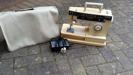 Singer Sewing Machine ( white, cream )