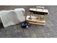 Singer Sewing Machine ( white, cream )