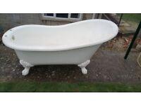Victorian style slipper bath, in acrylic