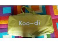 Koo-di pop-up bubble travel cot - brand new