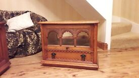 Light/Medium Oak RECTANGULAR shaped antique style solid wooden T.V. Cabinet in excellent condition