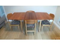 Excellent Vintage/Retro 60's extending dining table and 4 chairs