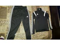 medium mens adidas tracksuit
