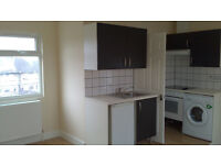 Specious Studio Flat to rent, DSS accepted, bills included