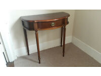 Antique Hallway table for sale clean and in good condition