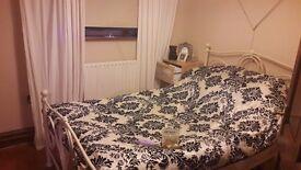 double room for rent amesbury/salisbury area