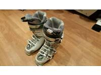 Salomon Idol 85 CS Ladies Ski boots size 24.5