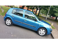 03 reg CLIO ,5 door ,good MOT ,good runner (BARGAIN)