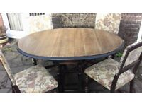 Oak Gateleg Dining Table & Four Oak Upholstered Chairs With Carved Detail In Excellent Condition