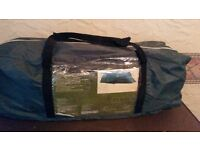 6 Man / Six Person family Dome Camping Tent . only set for photo's not used.