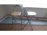 Bar stools in good condtion
