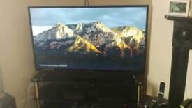 "HITACHI 4K TV 50"""