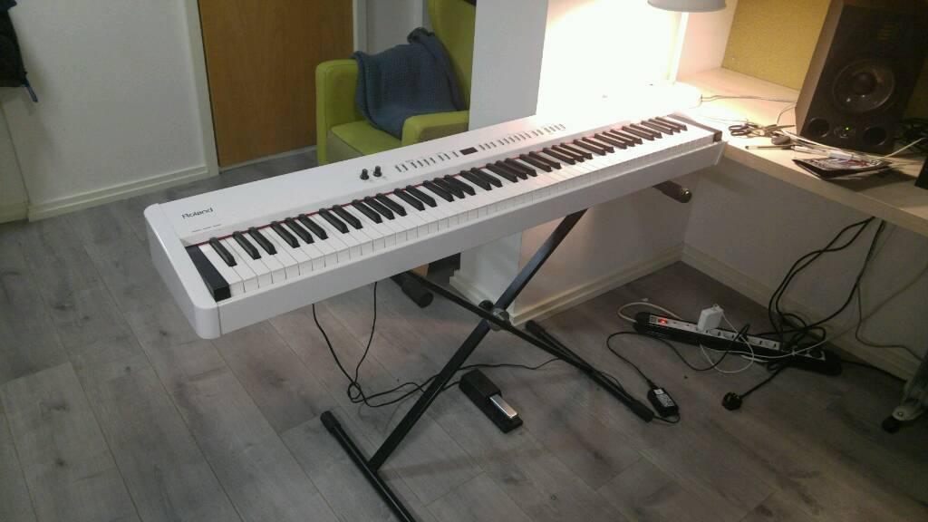 roland fp 4 digital piano reserved in london gumtree. Black Bedroom Furniture Sets. Home Design Ideas