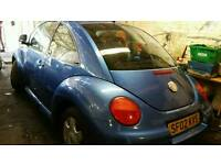 VW BEETLE 2.0 MANUAL IN METALIC BLUE