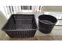 HOZELOCK BLACK PLASTIC POND PLANTING BASKET SET - BRAND NEW.