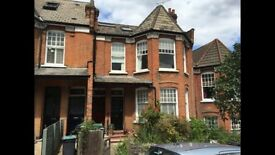 Well presented & luxury split level apartments in the heart of Muswell Hill, Close to transport.