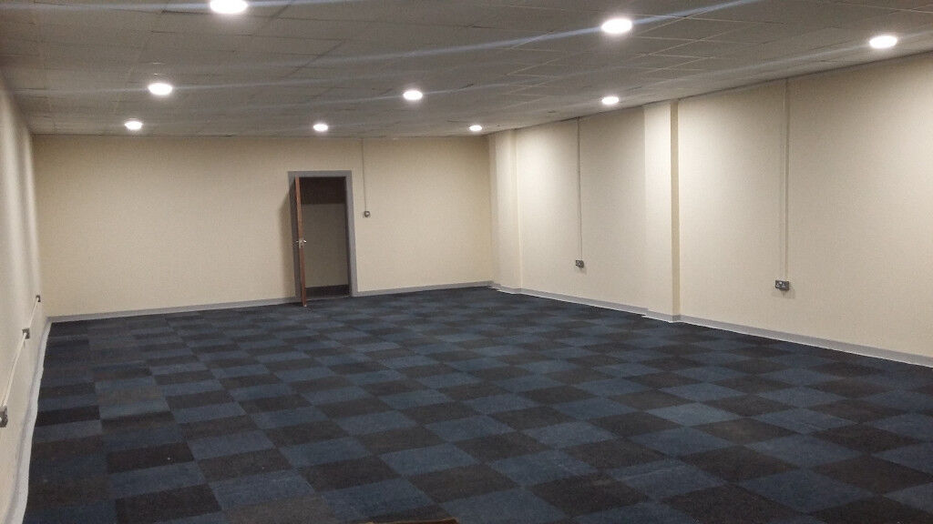 storage office space. 1070 Square Feet / Commercial Unit Office Space Business Storage For Rent
