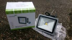 Brand new lumineux high powered LED flood light