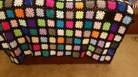 Gorgeous handmade crochet blanket - new - vintage patchwork design