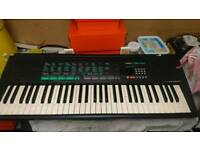 Yamaha keyboard with power lead