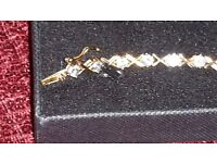 Beautiful gold and cubic zirconia bracelet